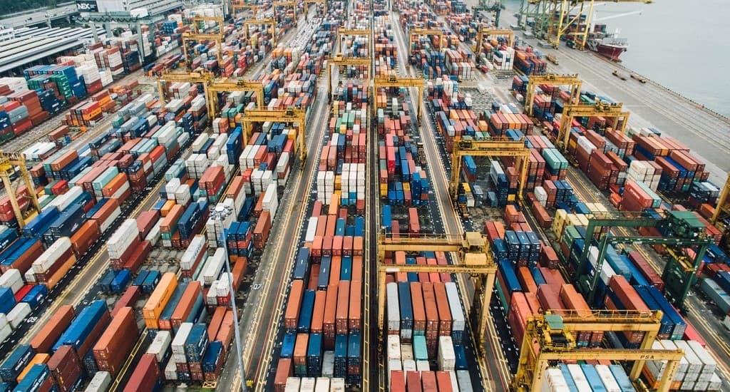 logistics risks